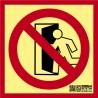 No usar en caso de Emergencia Clase A